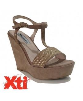 Sandales avec talon compensé  - XTI - Ref: 0463