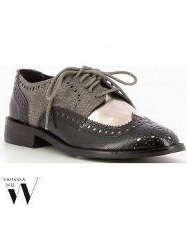 DERBYS - VANESSA WU - Ref : 0881