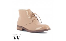 Derbies  - VANESSA WU - Ref: 0597